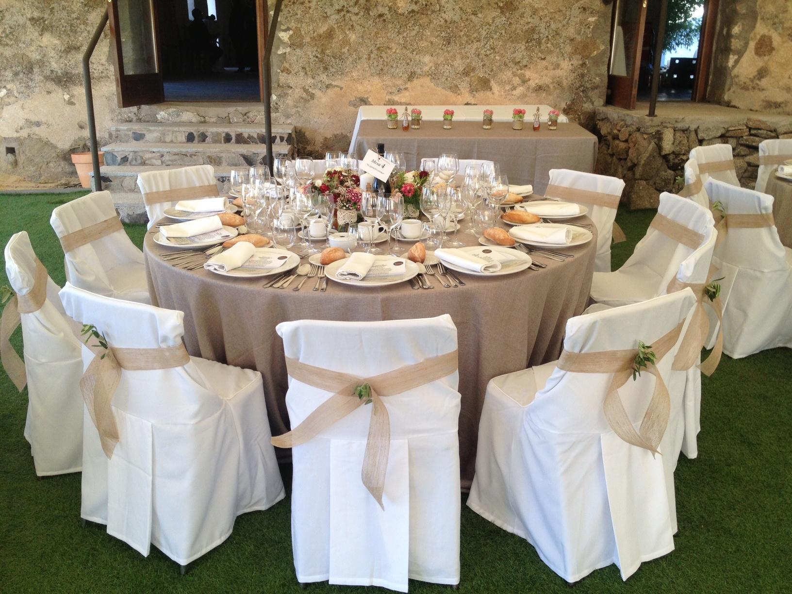 El quinto de lucia ez linen alquiler de manteles for Alquiler decoracion bodas